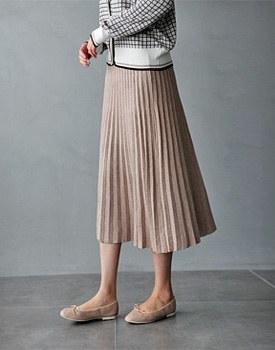 Texture knit skirt- 3c