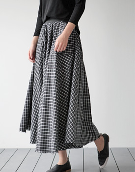 Enter Check Flare Skirt