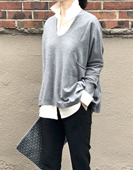 Loose fit V-neck Knit - 3c