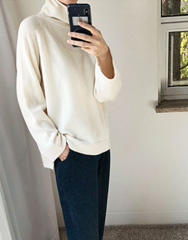 Pulling turtleneck knit - 4c