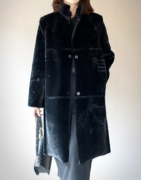 Fake fur reversible Coat